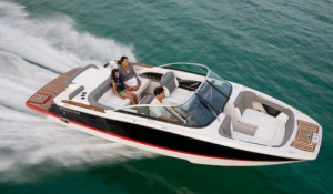 Four Winns boat for sale 2