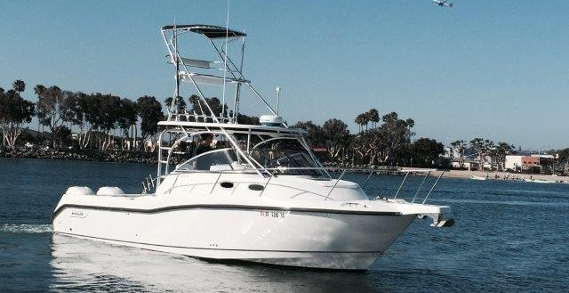 30' Boston Whaler 305 Conquest 2006 (new Engines In 2015)
