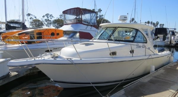 31' Pursuit Offshore 315 2014