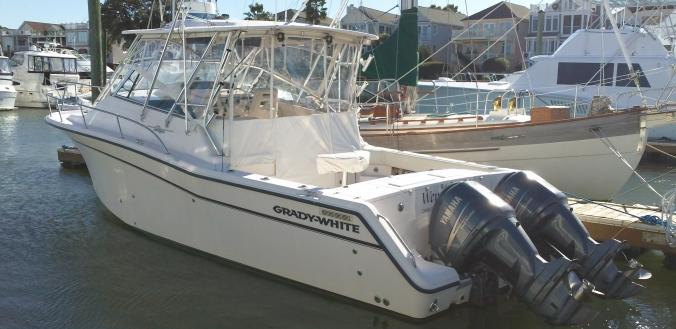 33' Grady White 330 Express 2006
