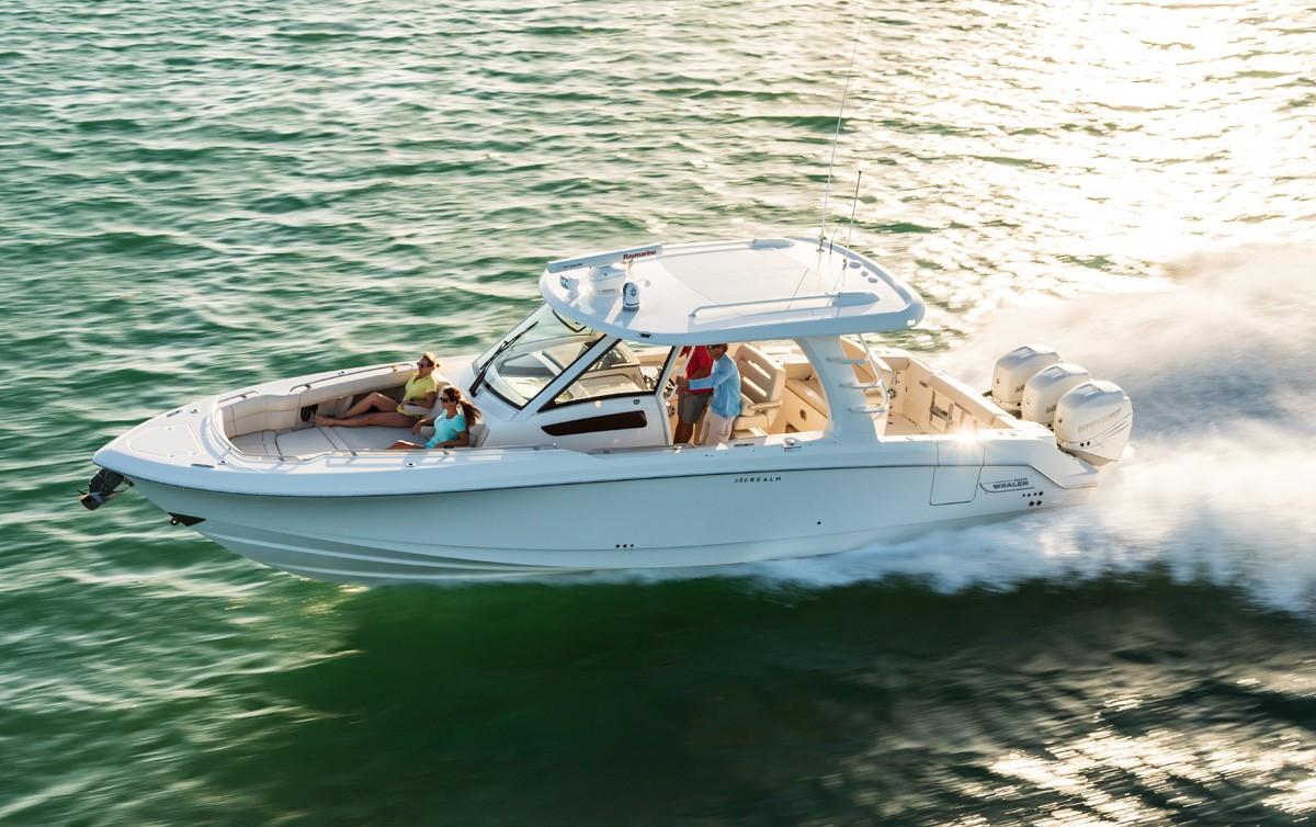 30' Boston Whaler 350 Realm