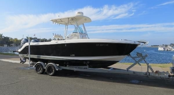 24′ Robalo R240 Center Console for sale