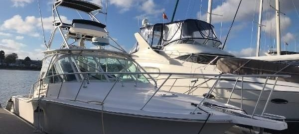 32' Cabo Express 2006 For Sale