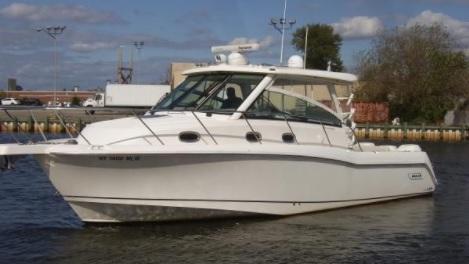 34 Boston Whaler 345 Conquest